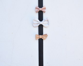 Hair Bow Holder, Leather Bow Hanger, minimalist bow holder, hair bow holder, hair bow display, leather bow display