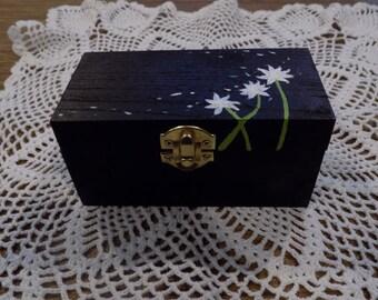 Dandelion Box