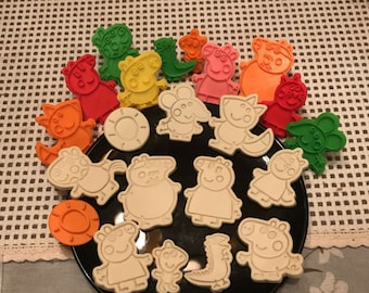 1 Piece of Peppa Pig Cookie Cutters/3D Cookie Cutters/Cartoon Cookie Stamp/Embossing Cookie Mold/Fondant Tools/Theme Party