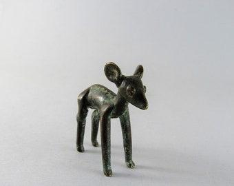 Ashanti sculpture - Female antelope
