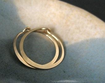 MINI (5/8 inch -16mm) solid 18K gold hoop earrings, unisex earrings, everyday hoop earrings, simple small hoop earrings, skinny earrings