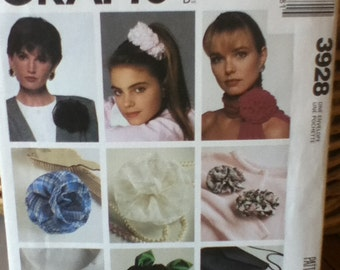 McCall's Crafts Fabulous Flower Accessories Pattern 3928