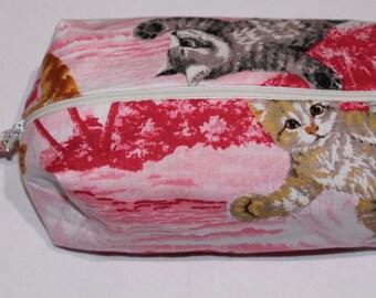 Surfin' cats make up bag