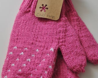 Ready made : pink mittens with tiny hearts (child large)