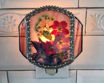 Stained Glass Nightlight With Pressed Flowers|Pressed Flower Art|Delphinium|Larkspur|Bridal Wreath|Mauve Glass|Handcrafted|Made in USA