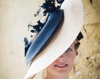 Parisisal Stroh Hut mit Spitze Blumen, Kristallen und Federn