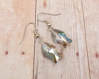 Earrings - Glass Fish - Green and Pink - Aurora Borealis