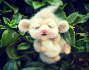 Felted baby mouse