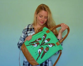 Seven Magpies Green Canvas Day Bag