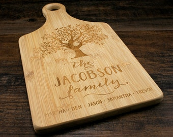 Family Tree Cutting Board, Personalized Family Cutting Board, Personalized Couples Gift, Engraved Cutting Board, Wedding Gift, Eco-friendly