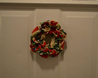 """Mini Red and Green Christmas Holiday Wreath/Table Wreath 6"""""""
