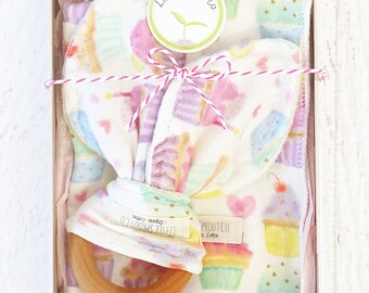 Baby Girl Gift Set, Organic Handmade, Compliant Teething Ring & Wash/Burpcloth 2 in 1, Cupcake Baby Gift, Organic Teether, Organic Baby Toy