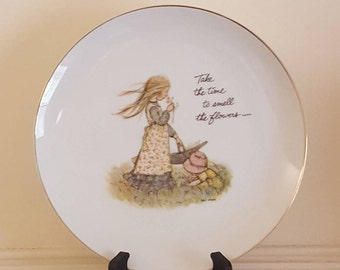 Holly Hobbie 1972 Plate Take the Time to Smell the Flowers