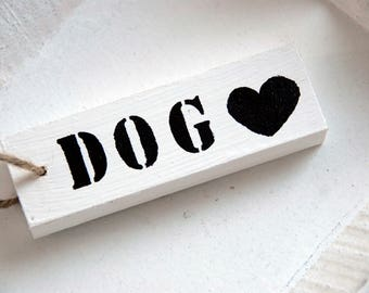 Wooden textboard / label  'dog' or 'cat'. Personalized also possible.