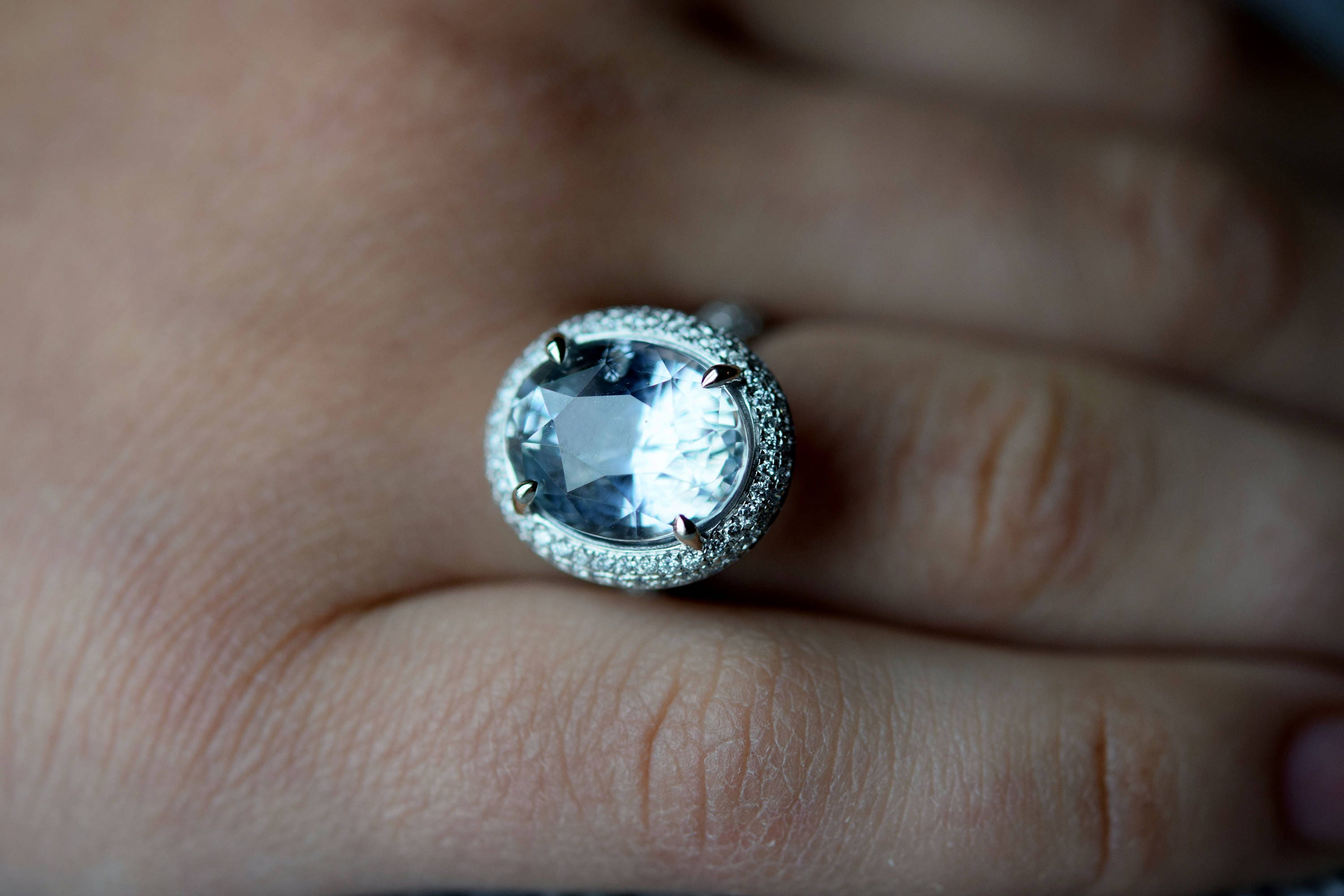 band sapphire chinchar carat hand img ring white gold with wedding in cut blue gray flat maloney