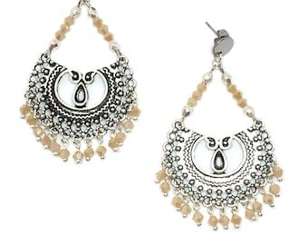 """Silver """"Jaïpur"""" chandelier earrings & nude"""
