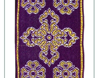 Liturgical trim for religious purple ornaments