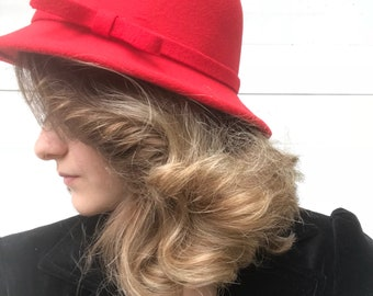 Vintage style red cloche hat