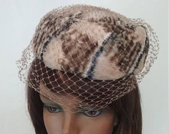 Vintage Feather Pillbox Hat with Veil free US shipping h893