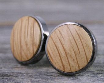 Cufflinks crafted from a Whiskey Barrel in Gunmetal Bezel