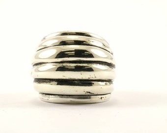 Vintage Dome Shape Ribbed Ring 925 Sterling Silver RG 1001-E
