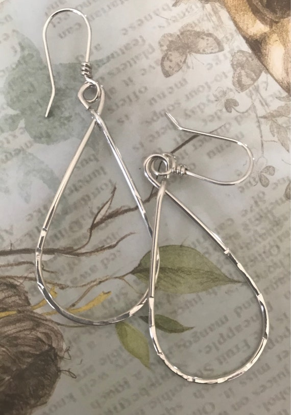 Sterling Silver Hoops- hammered texture, teardrop earring, minimalist jewelry, Simple everyday wear  dmalia designs
