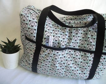Diaper bag quilted, pandas origami on green background, black and white triangles, large, birth gift