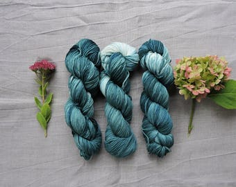 Grass  DK- Hand Dyed Yarn -  100% merino wool