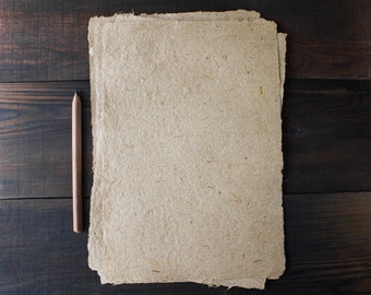 Handmade paper - Textured paper - Deckle edge - Brown paper - Rustic wedding paper - Eco friendly paper - Single sheet (code#23)