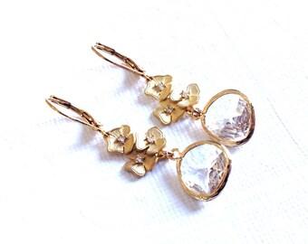 Gold Dangle Earrings, Gold Earrings, dangle Earrings, clear crystal gold earrings, wedding earrings, Bridesmaid earrings, weddings earings