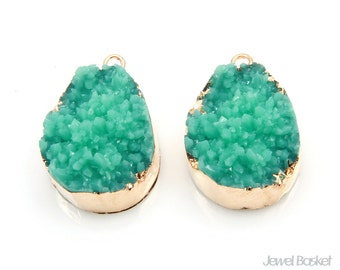 Drop Turquoise Druzy Charm in Gold - 2pcs of Turquoise Drusy / 16.0mm x 24.0mm / STQG119-P (2pcs)