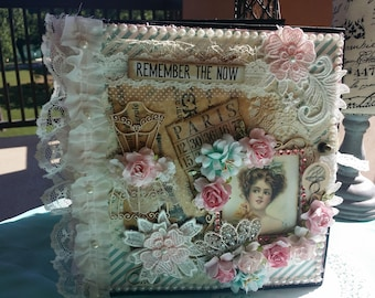8x81/2 Paris themed mini album. Free Shipping