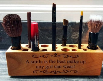 Engraved Make Up Brush Holder