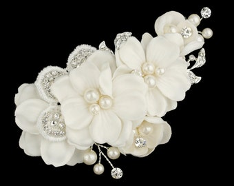 Floral Bridal Headpiece, Bridal Comb, Flower Comb, Pearl and Flower Comb, Wedding Flower Comb