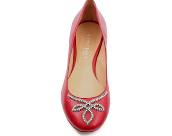 Ballerina jewelry - red leather