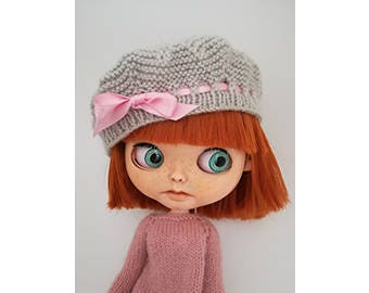 Dusty pink and grey wool beret