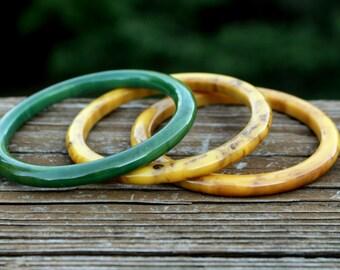 En bakélite vert marbrés Bracelets en or