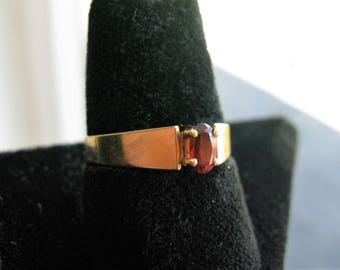 Vintage 10K Gold, Red Brown Topaz Solitaire Ring, Size 6.5