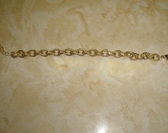 vintage bracelet textured goldtone chain