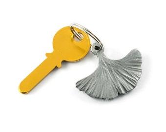 Ginkgo leaf keychain - nature gift - metal keychain
