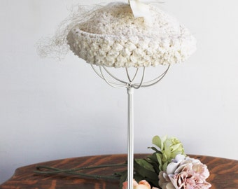 Vintage 1960s Hat with Birdcage Veil and Ribbon / 60s JW Robinson Ivory Chenille Knitted Women's Cap / Millinery / Madeline Style / Halo Hat