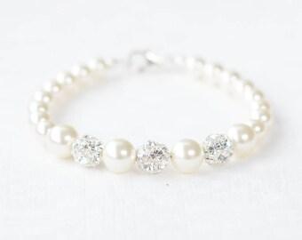 Pearl Bridal Bracelet, Pearl Wedding Bracelet, Bridal Pearl Bracelet, Bracelet for Bride, White Pearl Bracelet,Pearl and Rhinestone Bracelet