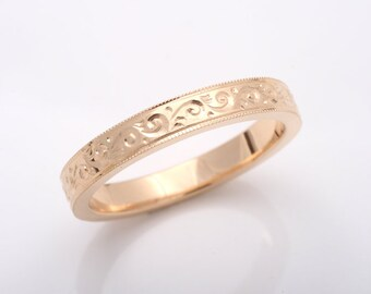 Isabella hand engraved wedding band. Vintage style. Millegrain. Yellow gold, white gold, rose gold, silver.