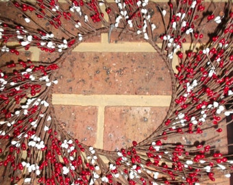 CHRISTMAS Wreath * Pip Berry Wreath in Christmas Red / White 25 cm * Craft wreath
