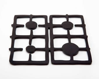 Black Multi-use Silicone Trivet // Shaped as Stove Trivet // Kitchen Designed Gift // Unique Accessories // by ArtoriDesign