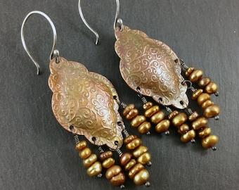 Tourbillon de cuivre et perle d'eau douce à motifs boucles d'oreilles longues bohèmes