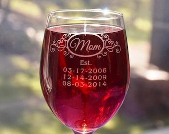 Mom's Engraved Glass with Children's Birthdates, Mothers Day Gift, Mom Birthday, New Mom, Mum Present