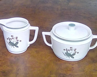 Vintage Royal Copenhagen Porcelain Mid Century Milk Jug / Creamer and Sugar Bowl with Lid 1955 Pattern 884/9725/9726 Quaking Grass