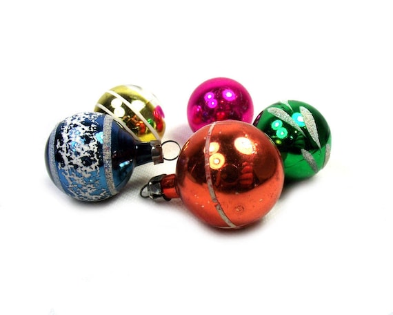 Vintage Christmas Baubles from the Mid Century