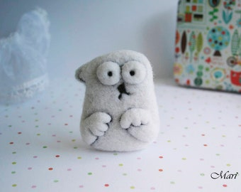 Simon's cat cute wool brooch pin animal felted